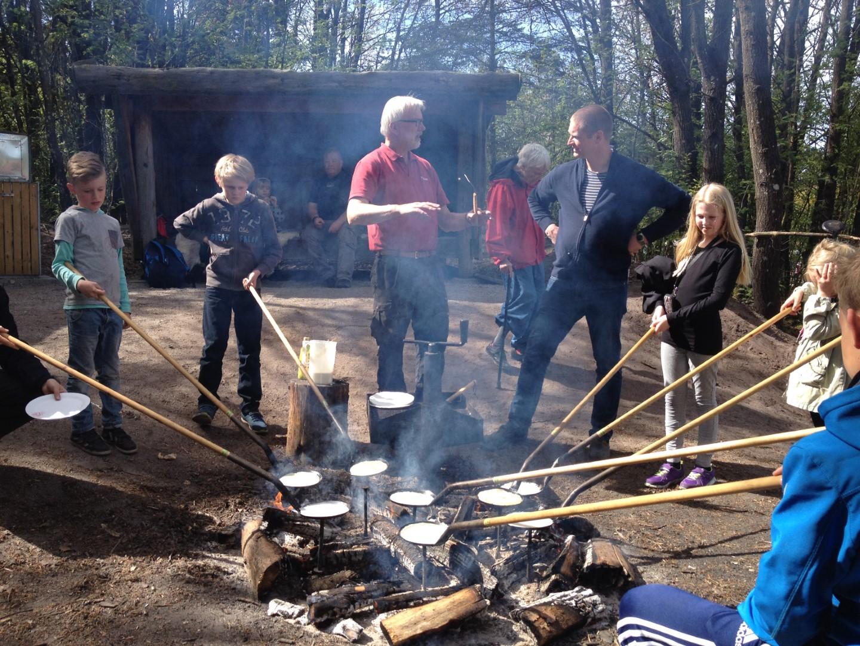 Der bages pandekager på skovensdag