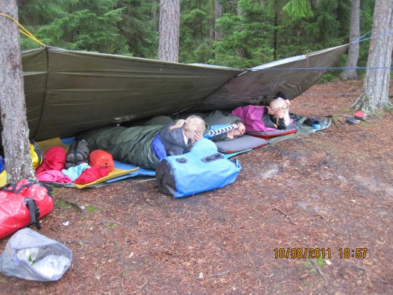 Piger der sover i shelter