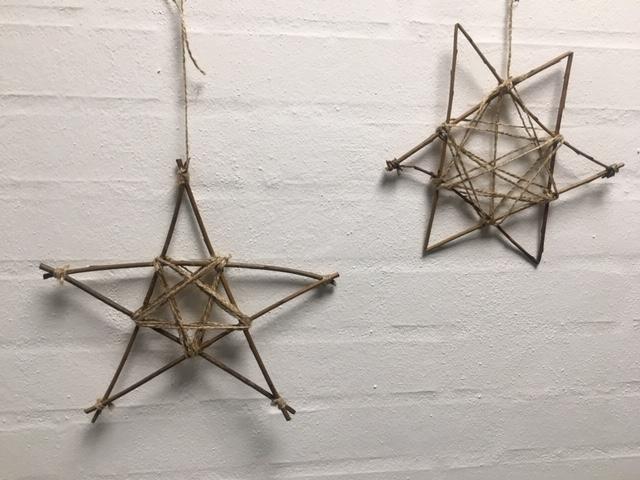 Stjerne lavet af pil og bindegarn
