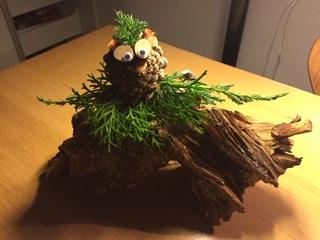 dekoration på træstub