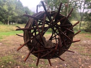 fuglefoder i hjul af pil